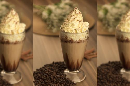 Cafés Gelados E Shakes